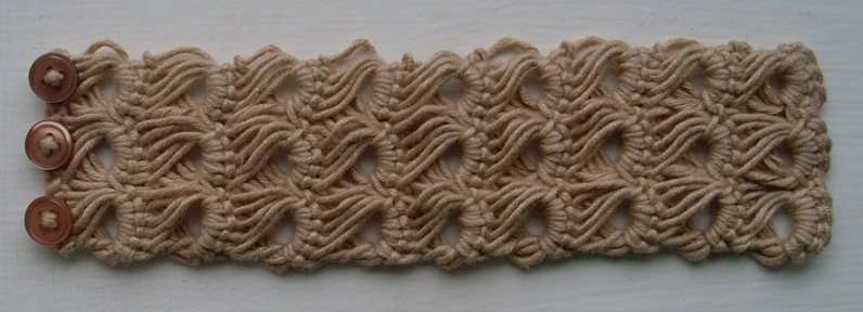 Broomstick Lace Neschof