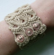 ˜Brown broomstick bracelet