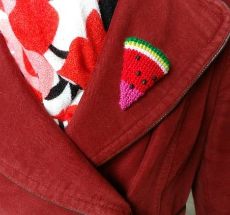 watermelon-crochet-brooch-2